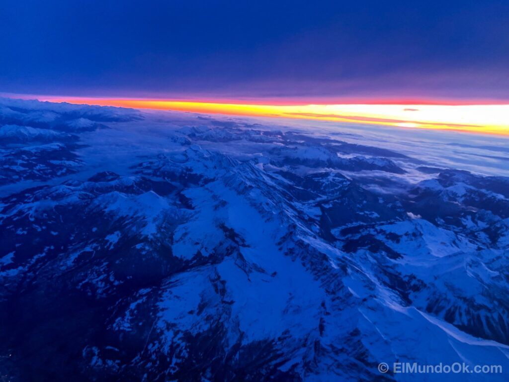 The approach to the airport was made at sunset with beautiful views of the Alps.
